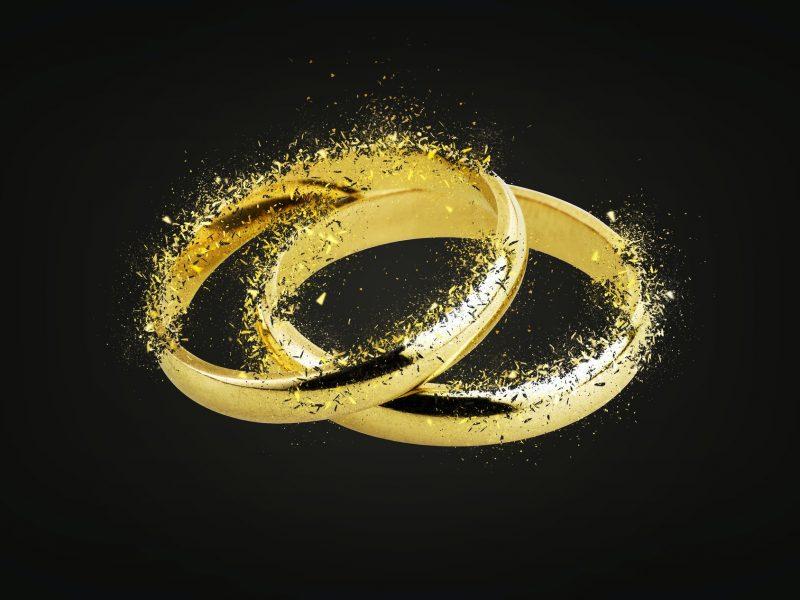 Old wedding rings Shattering